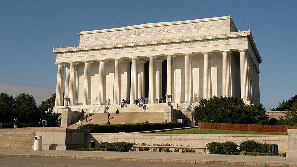 1200px-Lincoln_memorial_dc_20041011_095847_1-3008×2000