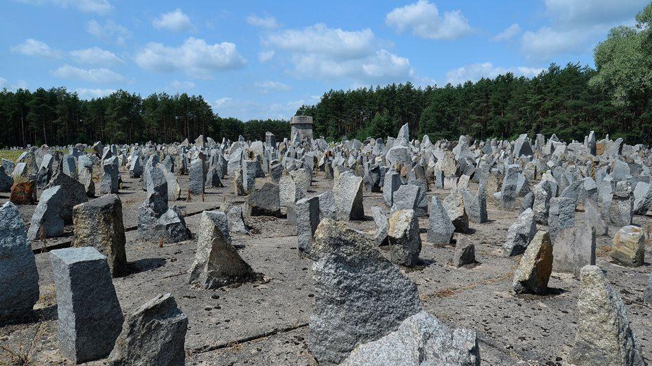 Treblinka_memorial_2013_011